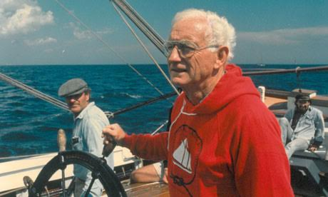 joe-garland-with-capt-jim-sharp-and-leon-poindexter-at-the-wheel-of-schooner-adventure-september-1988-photo-peter-freed