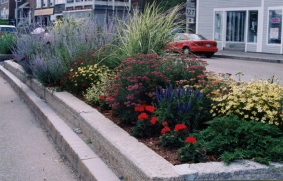 Traffic Island at Main Street and Eastern Avenue Created under the auspices of the Gloucester Civic and Garden Council