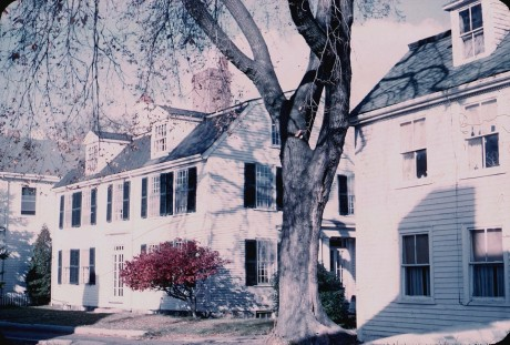 Here are more of the Georgians with gambrel roofs like the Saunders house lining Middle Street. Harold Dexter photo, 1958, Courtesy of Dawn Dexter and CAM